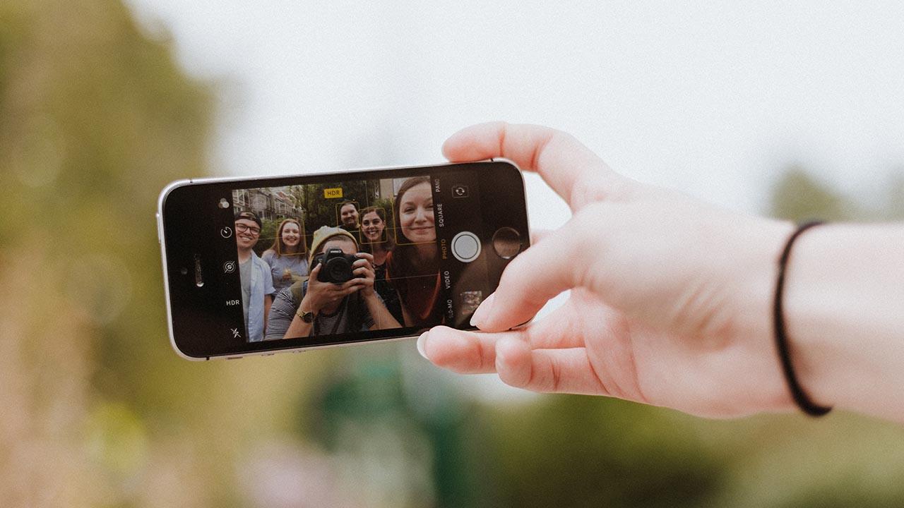 Selfie – Into the Web